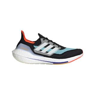 Running shoes adidas Ultraboost 21